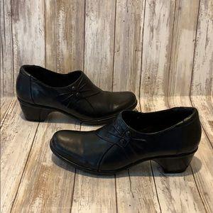 Clarks Bendables Black Leather Shoes Women's Sz 8
